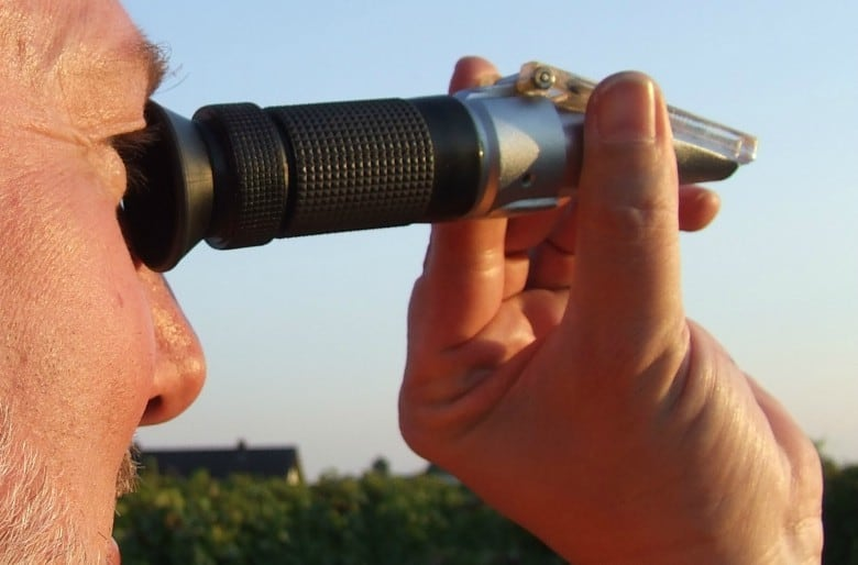 refractometer for reef tanks